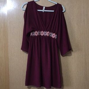 Dresses & Skirts - Burgundy boutique dress
